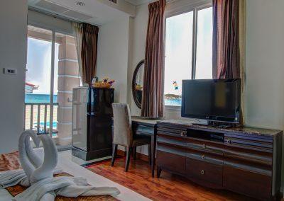 room,seaview